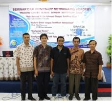 """""""Peluang Career Global dengan Sertifikasi Internasional"""" Seminar dan Workshop Cisco networking Academy 2013"""