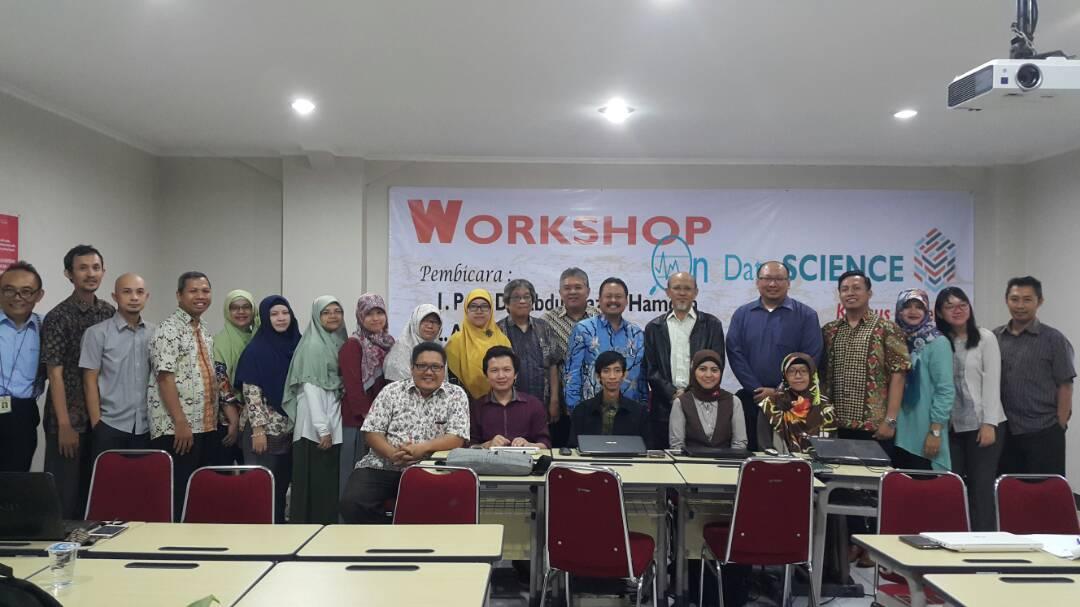 Pelaksanaan Workshop On Data Science