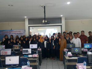 Foto Bersama Kegiatan Pelatihan Komputer Dengan Memanfaatkan Aplikasi Microsoft Word Bagi PKBM Bina Bangsa Tangerang